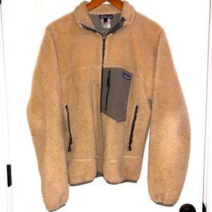 VTG Patagonia jacket men's size small.